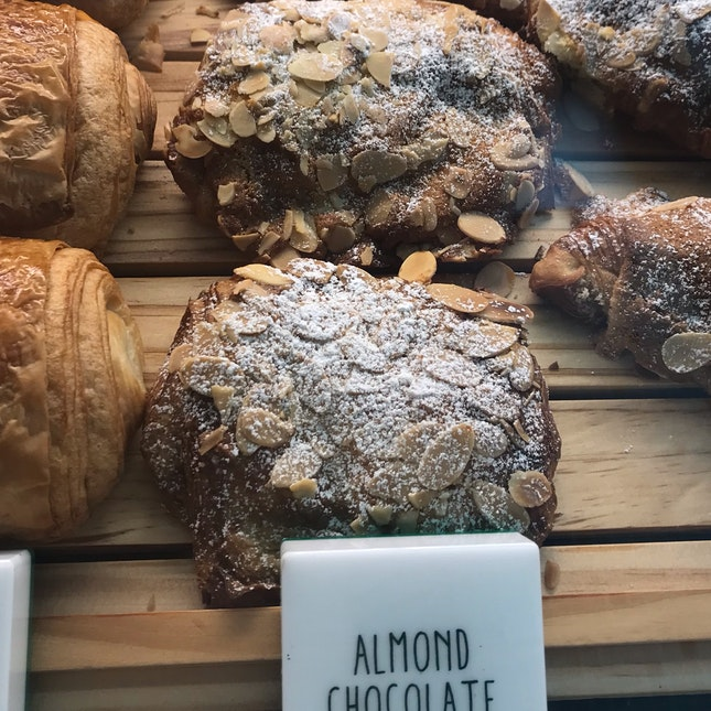 Almond Choc Croissant