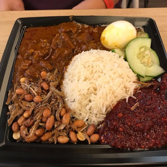 Nasi Lemak With Beef Rendang ($9.90)