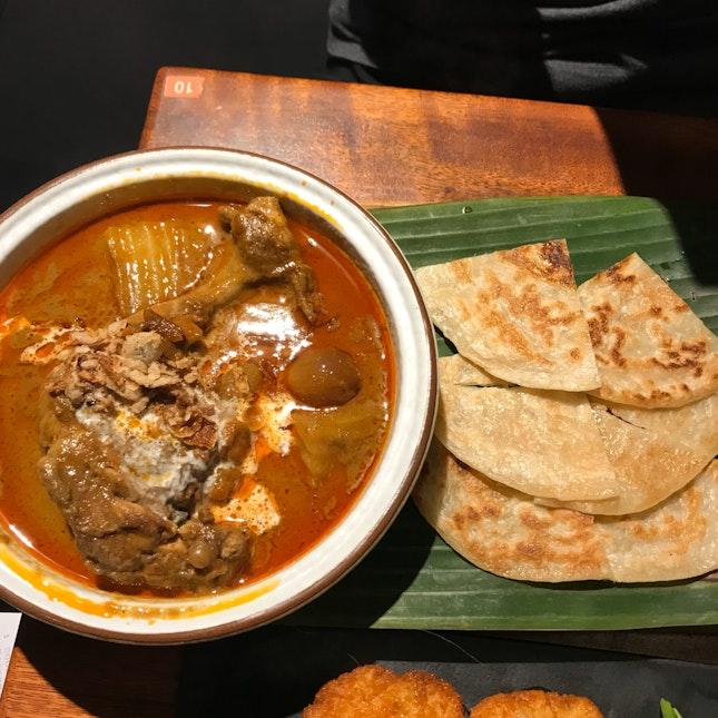 Massaman Chicken Curry With Crispy Roti