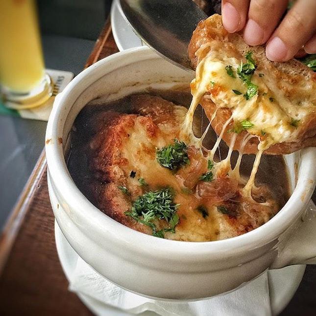 Onion Soup from Garçons at @essen.the.pinnacle SGD 6.90 Nett.