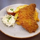 Other than their #delicious roast Irish duck, the deep-fried till golden brown Barramundi fillets with duck-fat fries and homemade tartar sauce were quite good too.
