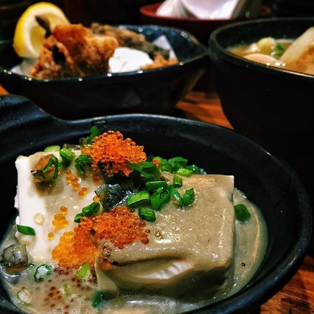 Chilled Tofu with Pidan (Century Egg)