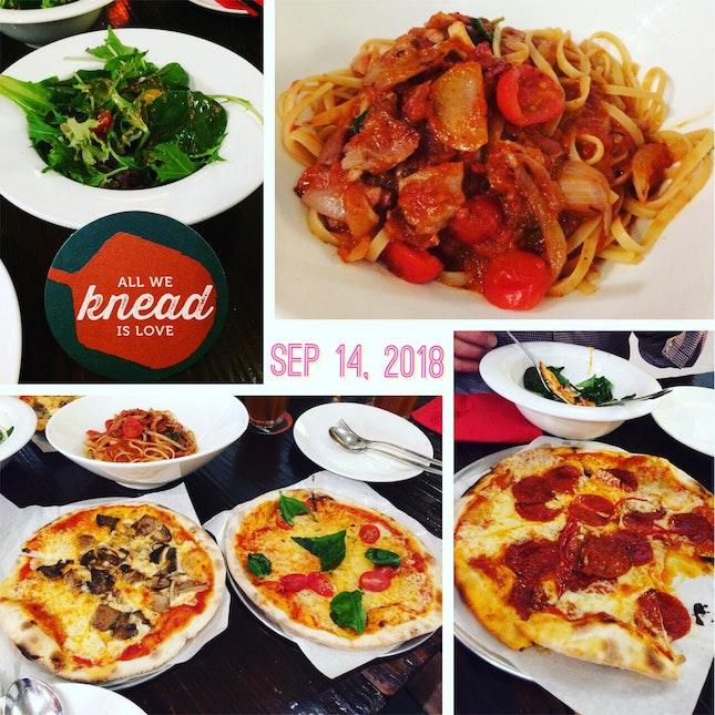 Pizza & spaghetti lunch