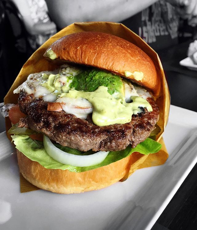 With the option of assembling your own burger, mine was a hearty one with a thick juicy steak patty, portobello mushrooms, avocado and Brie cheese, topped with pesto aioli sauce.