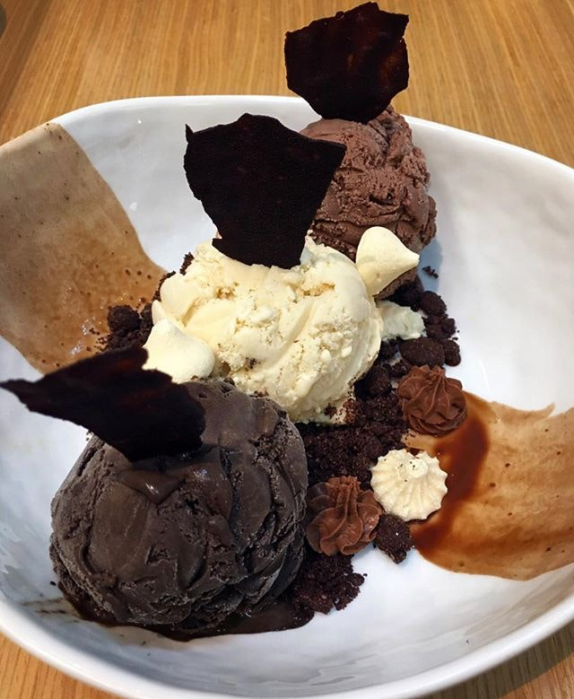The Dark Rhapsody of signature dark chocolate with white and milk chocolate ice cream.