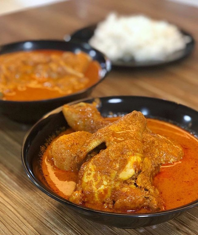 Located at Blk 203 of Toa Payoh North was this franchise stall of Nana Homemade Curry that has been listed under Bib Gourmand for past 3 years.