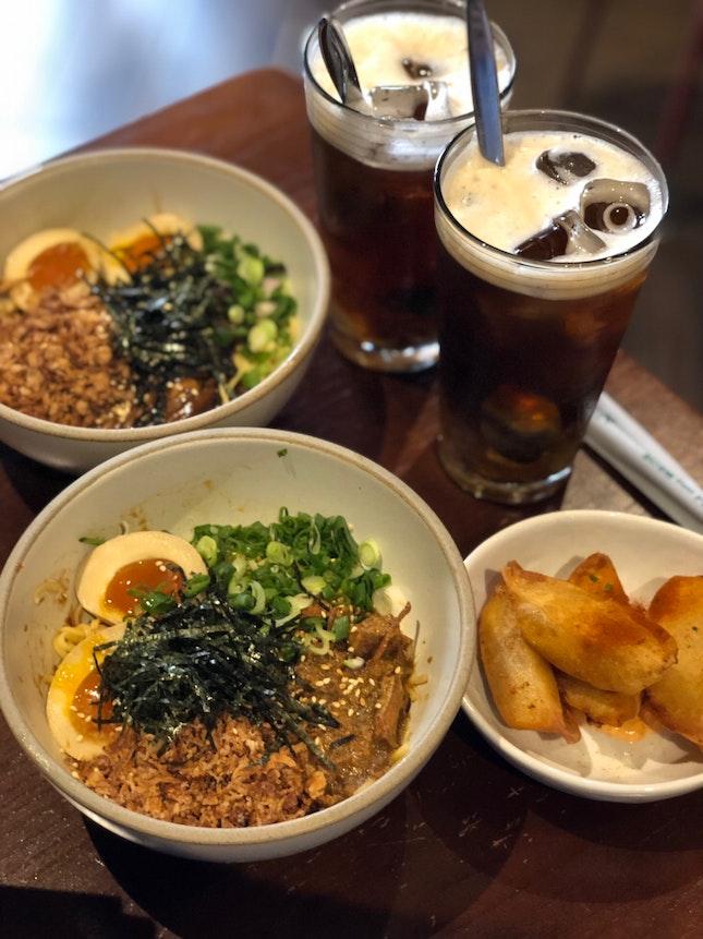 Braised Pork Noodles Set