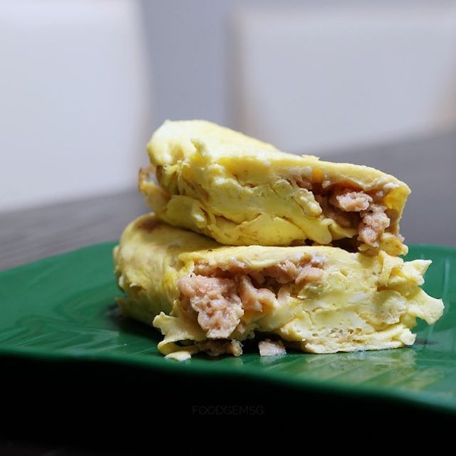 Start the week right with omelette wrapped around OmniMeat.