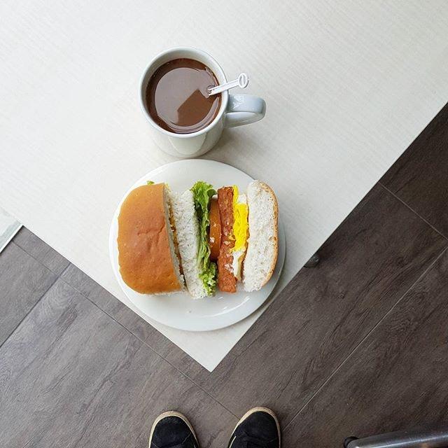 La Teh Cafe (The Commerze)