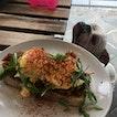 Pulled Pork & Avocado Eggs Benedict