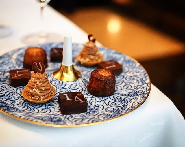 #petitfour To a sweet weekend!