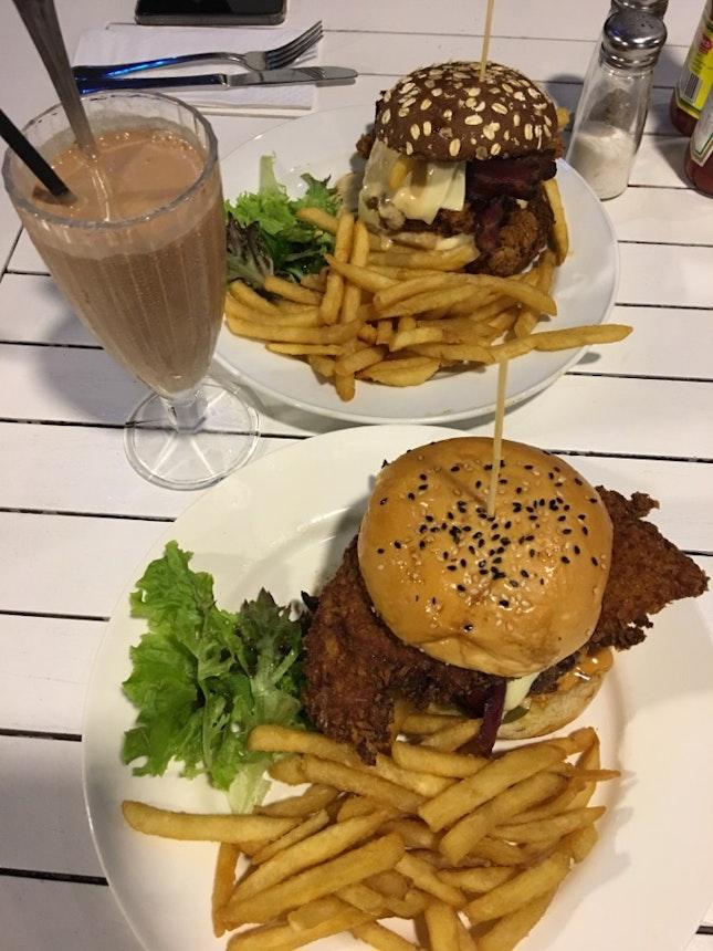 FatPapas Burgers and Shakes (Bugis) Reviews - Singapore