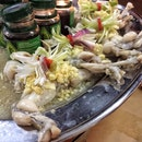 Steamed Frog Legs in Chicken Essence ($52)