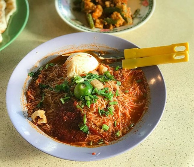 Limbang Shopping Centre - Mee Siam (💵S$3) 🥢•Bad food is made without pride, by cooks who have no pride, and no love.