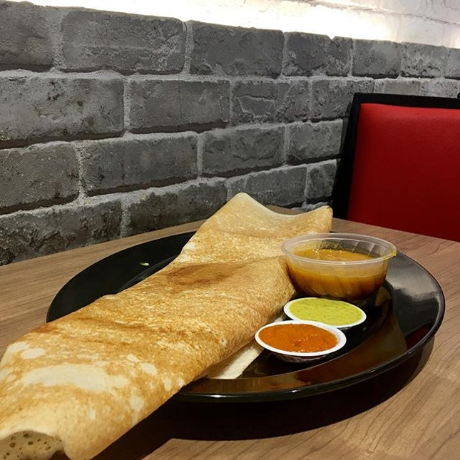 D120 Chutney Mary's Masala Dosa 💕 To my surprise, it was huge!