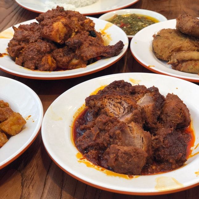 Chicken And Beef Rendang