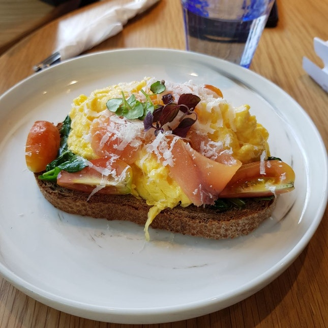 Spinach And Egg Toast $10