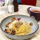 Mushroom truffle oil pasta 🍄🍝 awesome!