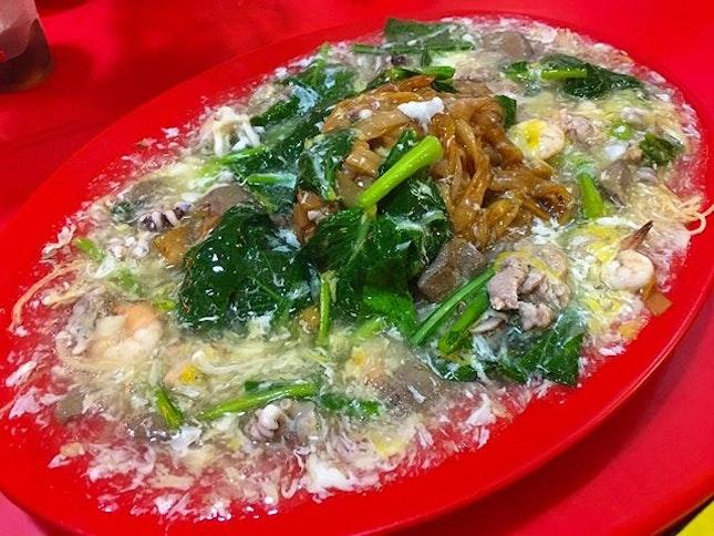 KL Kim Lian Kee 's Cantonese Style Mixed Kuey Teow and Bee Hoon Hokkien Mee for Dinner part 2 with Friends #ieatishootipost#hungrygowhere#instafood#foodporn#Rocasia#iweeklyfood#yummy#instagram#8days_eat#theteddybearman#eatoutsg#whati8today#yummy#eatoutsg#foodforfoodie#vscofood#igfoodie#eatingout#eatstagram#sgfood#foodie#foodstagram#SingaporeInsiders#sg50#100happydays#burpple#eatbooksg#burpplesg