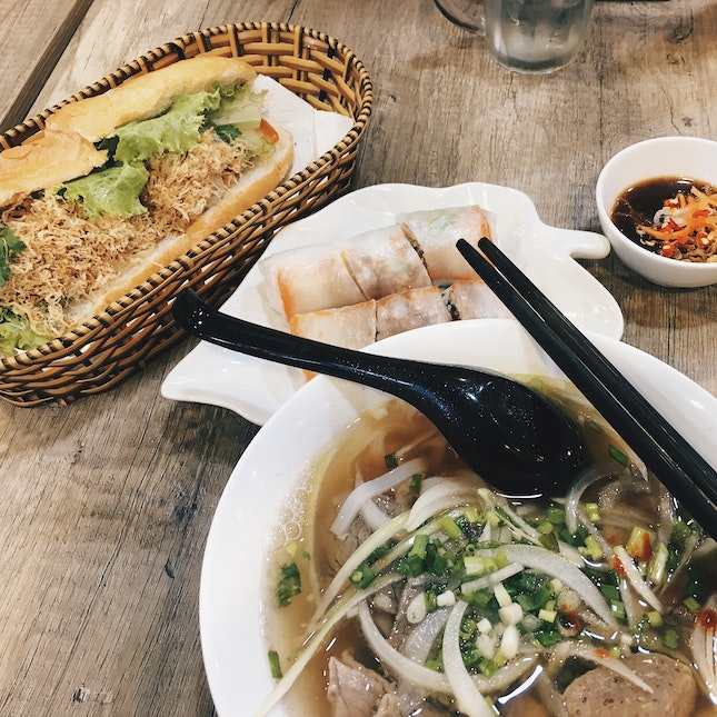 Cheap And Good Vietnamese Food