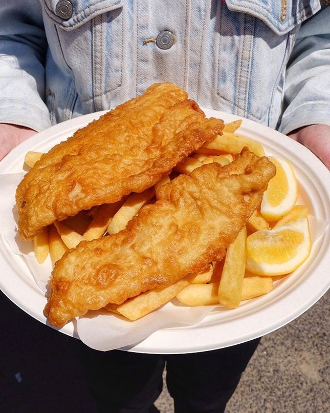 #sgnomsterinmelb When driving along the Great Ocean Road, drop by Port Campbell to get their fish and chips.