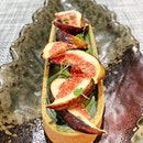 Fresh Fig Matcha Tart (Seasonal Fruit Tart) [S$8.80] ・ Despite its subtle notes, texture of the fig slices add a nice touch to the semi intense Matcha tart.
