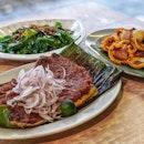 The Usual @ Star Yong Kwang BBQ Seafood 荣光铁板烧鱼 : : #singapore #sg #igsg #sgig #sgfood #sgfoodies #food #foodie #foodies #burpple #burpplesg #foodporn #foodpornsg #instafood #gourmet #foodstagram #yummy #yum #foodphotography #nofilter #hawkerfood #bbq #sotong #stingray  #sambal #chilli #weekend #dinner