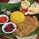 This place definitely needs to be shared for some legit authentic Balinese food !