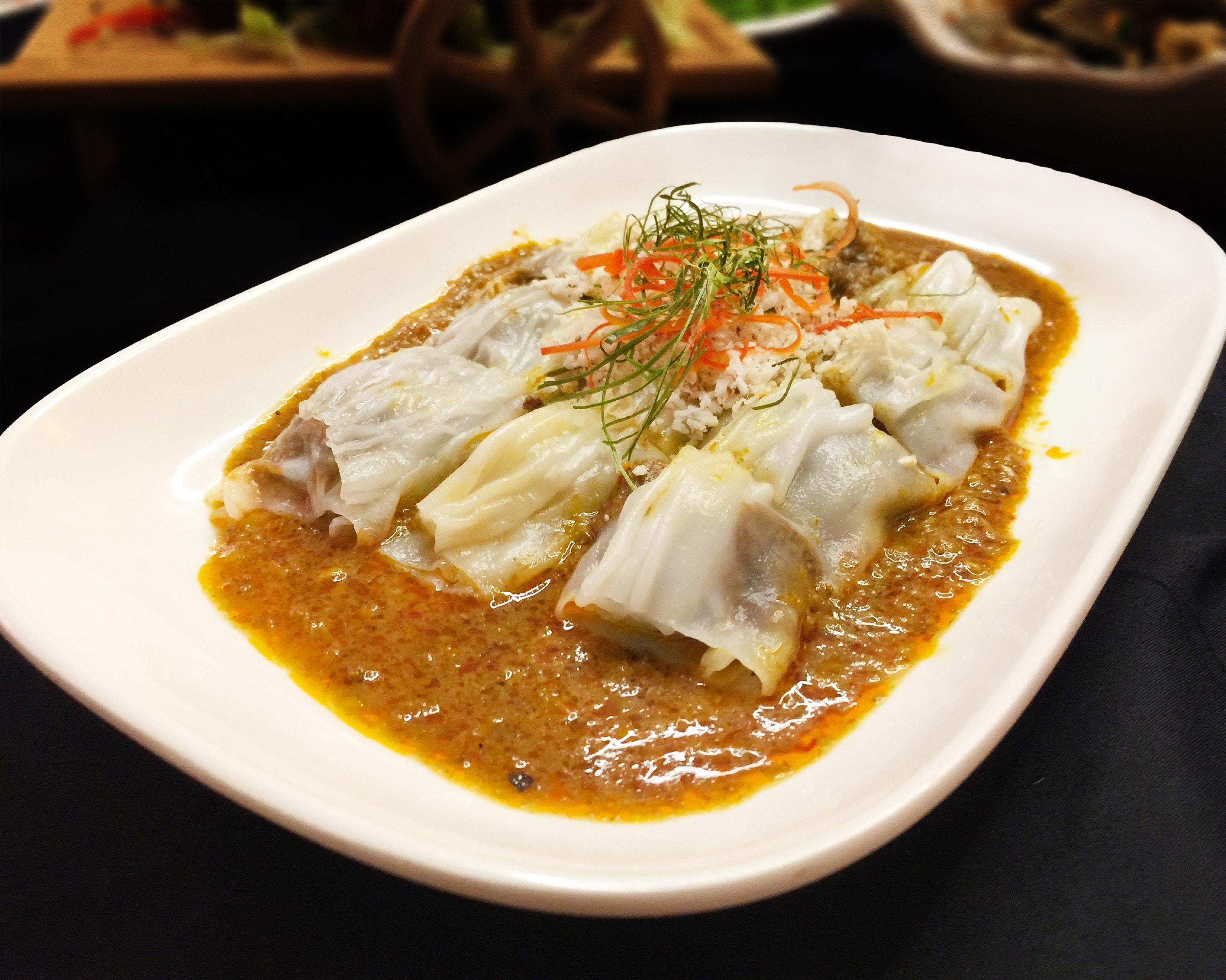 Beef Rendang in Vermicelli Roll ($8.90)