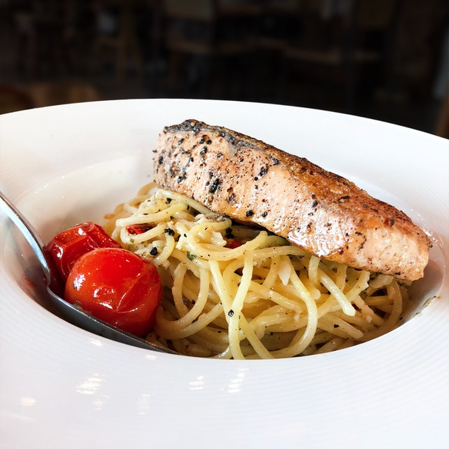 Grilled Salmon Pasta ($20+)