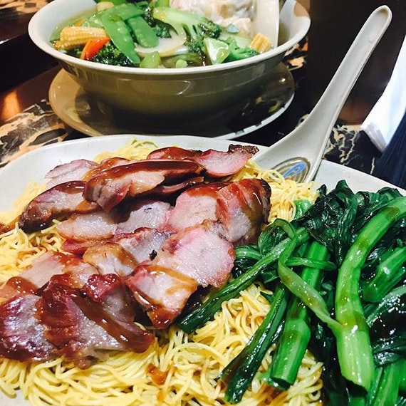 Splendid charsiewwwwww omg one of the best I've eaten only at nyc chinatownnn legit hongkong food!!