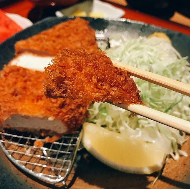 SINGAPORE I had this Chicken Katsu Set when I visited Tampopo last Friday, unintentionally 😒 I actually ordered the USA Pork Katsu Set, and my friend ordered this Chicken Katsu set.