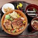 Fell in love with this Unagi Bara Chirashi, which perfectly suits my liking for unagi and chirashi don 😍💯 .