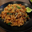 Pad thai is a must-have menu when I visit a Thai restaurant 😆 and this one is not bad!
