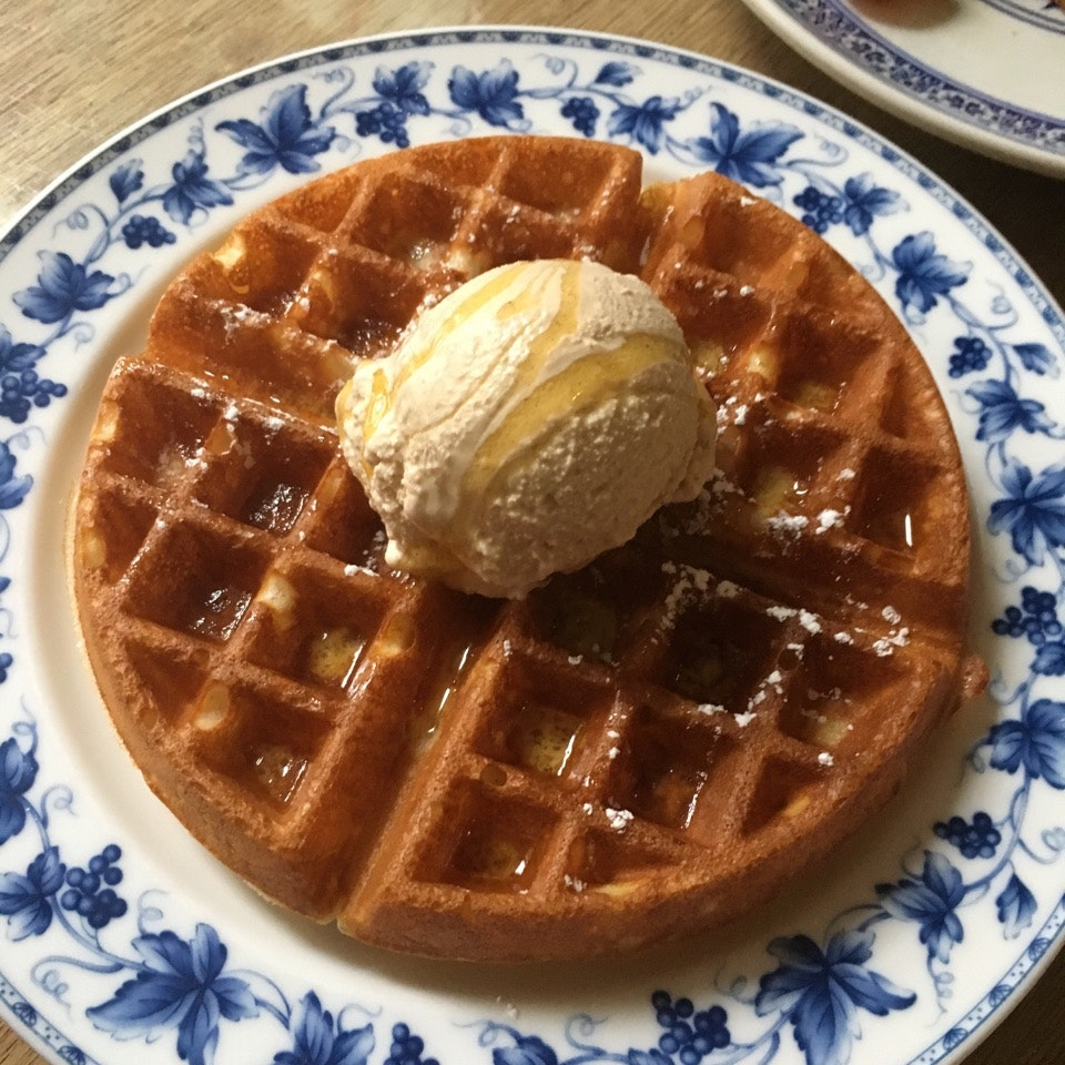 Waffles are good