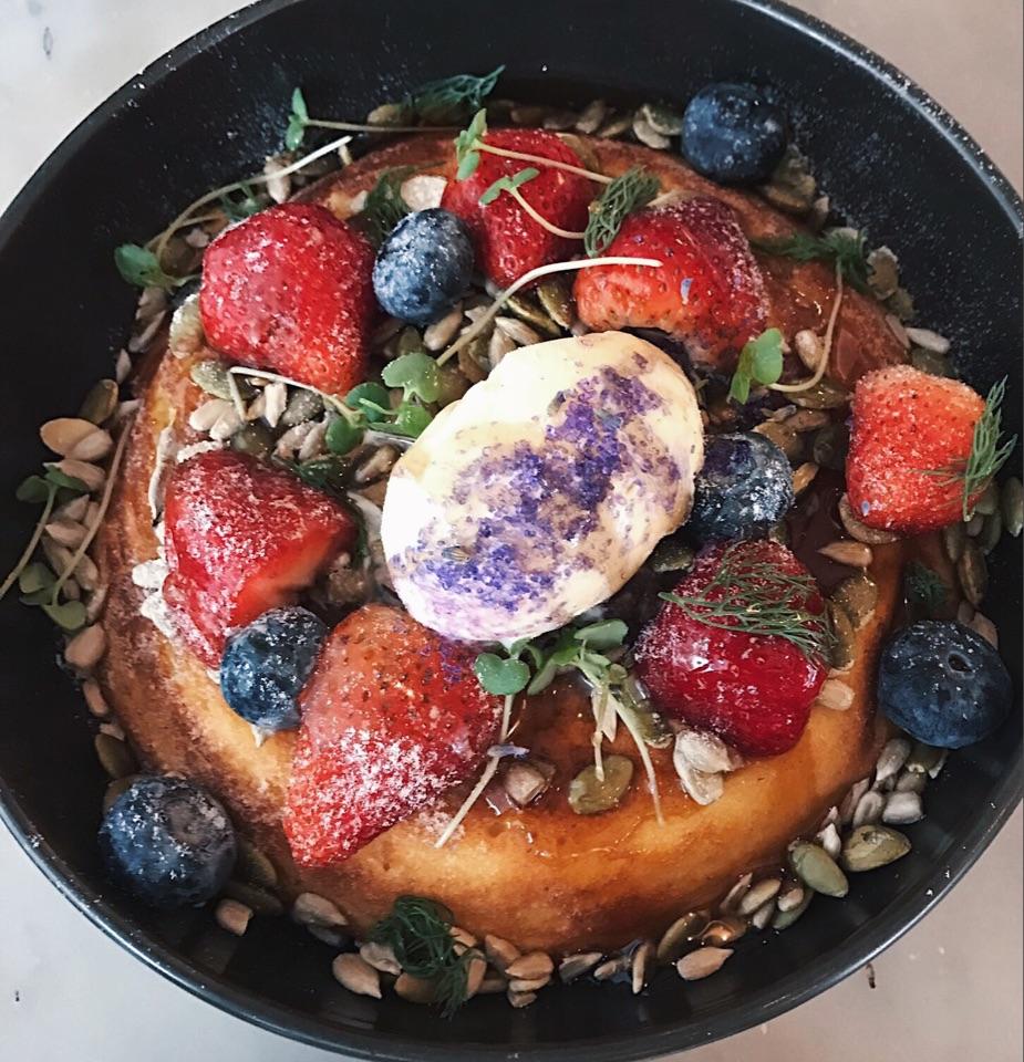 ricotta berry hotcake ($14.50)