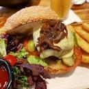 #burpple #food #foodie #foodpics #halalsg #halal #halalfood #halalsingapore #singaporefood #sgfood #sgfoodie #hungry #hungrygirl #cravings #kravecafe #kravewest #westsidemakan #burger #beefburger