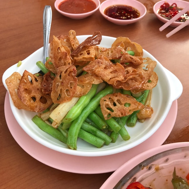 Snake Beans With Lotus Root