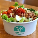 Medium poke bowl ($15.90) packed with freshly marinated tuna and superfoods (there are quail eggs here!) Free self serve sauce counter available here to drizzle your bowl with your fav dressings.