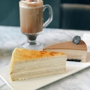 Mille Crêpe / Hot Chocolate .