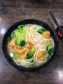 Always Long Queue Fish Soup Noodle