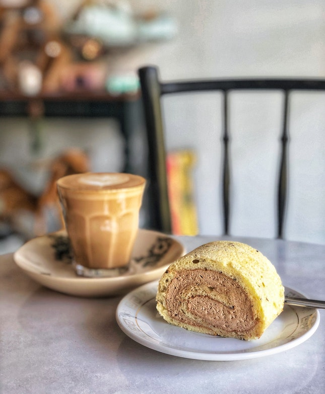 Earl Grey Swiss Roll ($5.9) And Flat White ($5)