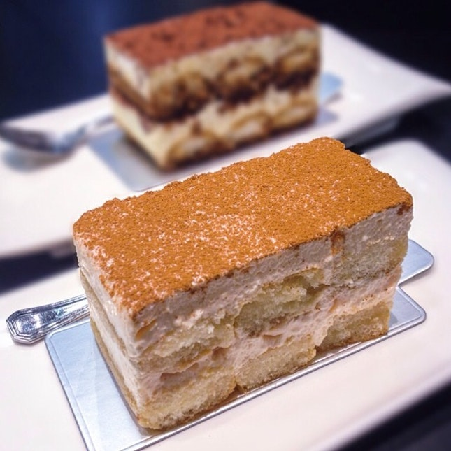 This lychee tiramisu may seem like a pale comparison to the Classico but it packs a punch!