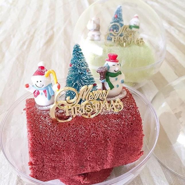 "Pretty mini logcakes in ""crystal balls"" from @swissotelhotelsresorts."