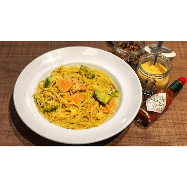 | 🍝 Salmon Avocado Spaghetti !...