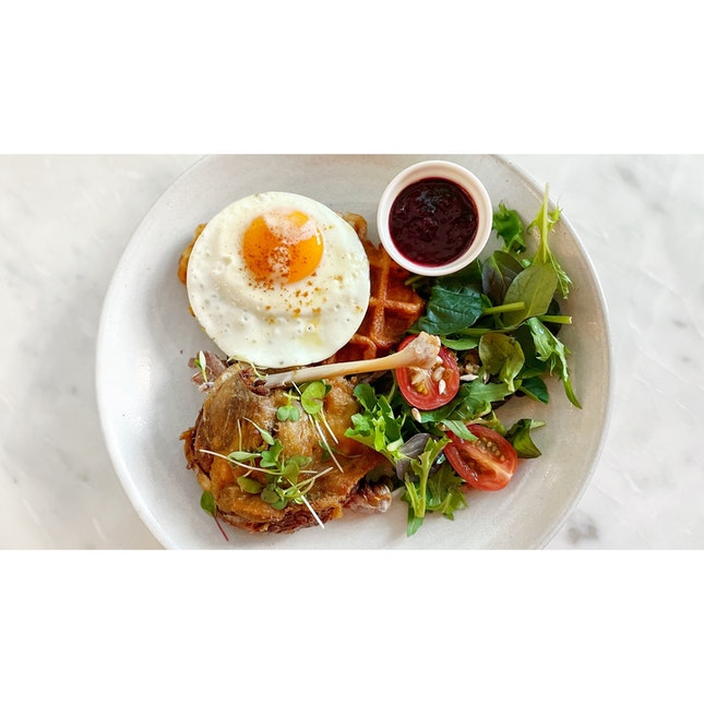 · 🧇 Yummy Duck Confit Waffle !...