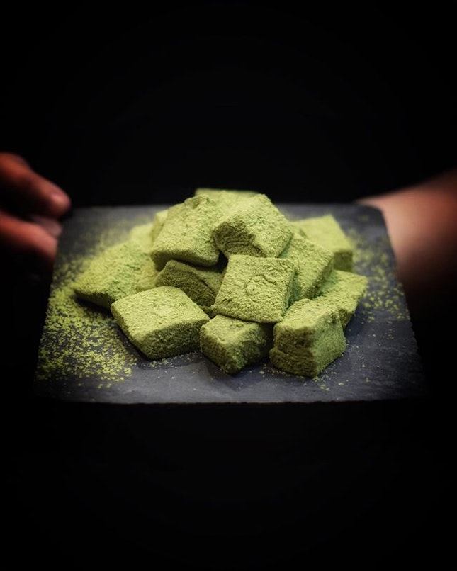 @108matchasarosg If you're a fan of Japanese Matcha, then it would be good to know that the Japanese Matcha Dessert Shop, 108 MATCHA SARO, has open its second outlet at Changi Airport Terminal 3, after its successful debut in Singapore at Suntec City!