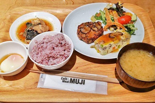Quick tasty fix at Muji yesterday .