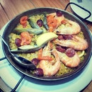 Paella Valenciana(SGD$53.00), serves 3-4 pax, and requires cooking time of about 30 - 45 minutes - is made up of saffron, chicken, chorizo, tiger prawns, squids, mussels and bomba rice.