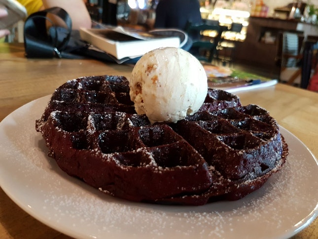 Knots Cafe Waffles